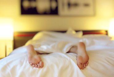 5 semplici regole per dormire meglio e stare in salute